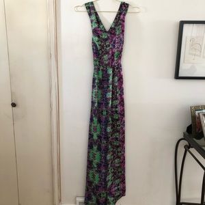 Forever 21 Maxi Dress Cross Back sz Small